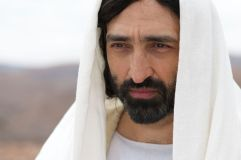 Selva Rasalingam (Jesus) stars in Lionsgate Home Entertianment's GOSPEL OF LUKE_preview